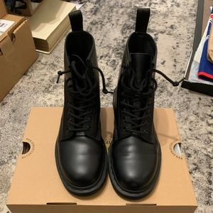 Dr. Martens 1460 Mono Smooth Black Boot